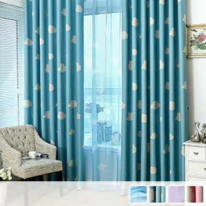 Set with lace, cute cloud pattern, children's room