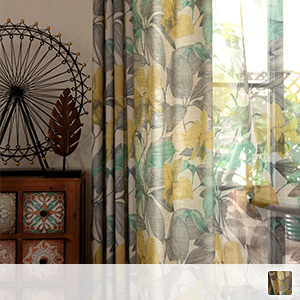 curtain set with antique floral pattern