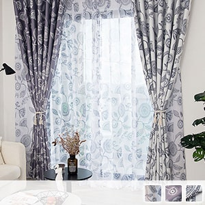 Set curtain with lace with a mysterious pattern