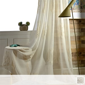 Elegant lace curtain