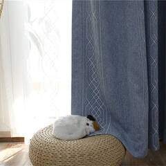 Gentle and handsome curtains